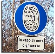 in caso di neve o ghiaccio snow ice in case sign