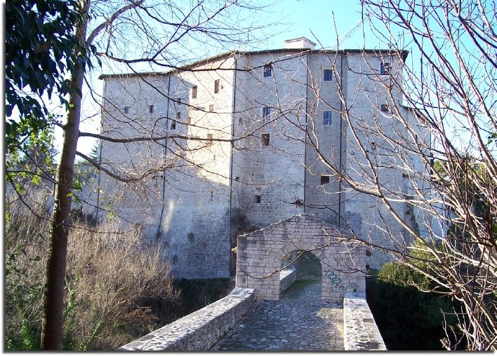 ascoli piceno bridge malatesta family ravine medieval