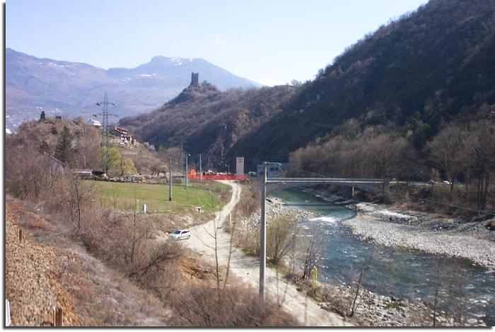 valle d'aosta northern italy river